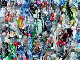 Voedingsbedrijven sluiten zich aan bij Plastic Pact NL om plasticgebruik te verduurzamen